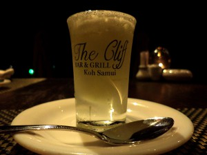 TheCliff04 300x225 - The Cliff-サムイ旅行記-