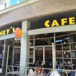 JINKY'S CAFEで朝食 in Santa Monica