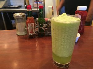 193 300x225 - JINKY'S CAFEで朝食 in Santa Monica